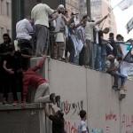 """Continuano le proteste nel mondo arabo. Clinton: """"film disgustoso e riprovevole"""""""
