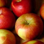 Uva, mele e mirtilli contro il diabete, ma attenzione ai succhi