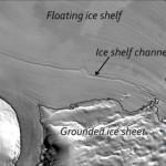 Scoperti canali giganti sotto la piattaforma di ghiaccio in Antartide