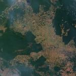 Amazzonia: incendi in aumento, insieme con strade e siccità