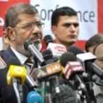 Egitto, dure proteste in tutto il paese dopo accentramento poteri Morsi