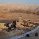 Nelle 'miniere del Re Salomone' estrazione di rame da provetti artigiani