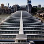 Londra: in funzione il primo ponte fotovoltaico