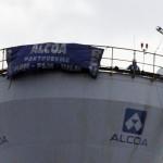 Finto ordigno all'Alcoa, operai e sindacati si dissociano