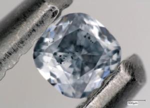 Diamanti blu. Il boro della crosta terrestre cristallizza nel mantello profondo