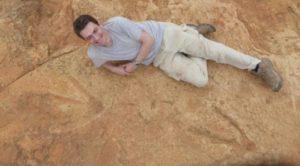 Trovate tracce del più grande dinosauro carnivoro vissuto in Africa