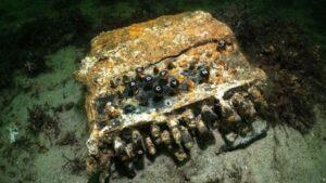 Macchina Enigma tedesca rinvenuta sui fondali del Mar Baltico