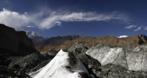 I ghiacciai in Himalaya si sciolgono più rapidamente