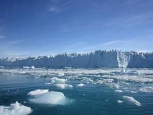 Rispetto al 2003, in Groenlandia il ghiaccio si scioglie quattro volte più rapidamente