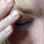 Mal di testa: gli antidolorifici lo fanno venire