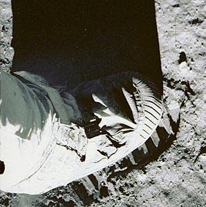 L'impronta dell'uomo sul suolo lunare, 21 agosto 1969. Foto: crediti NASA
