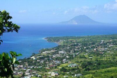 Veduta dell'isola vulcanica caraibica di S. Eustachio(foto di repertorio)