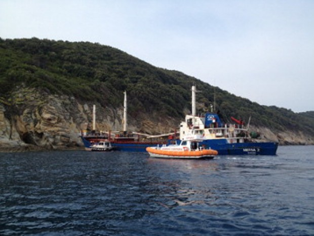 Nave incagliata all'Isola d'Elba