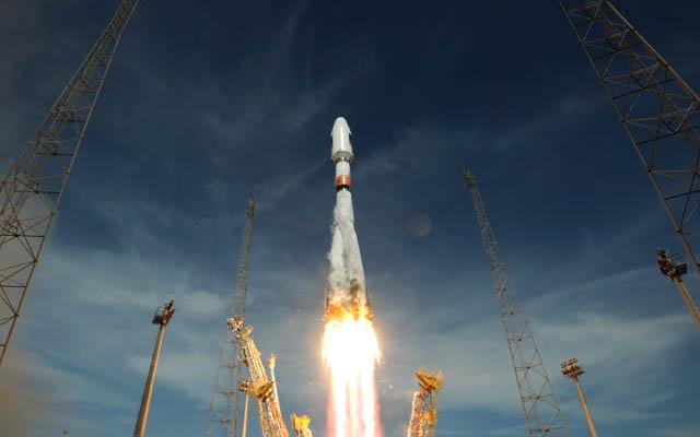Soyuz decolla dalla Guyana francese con due satelliti del sistema satellitare Galileo. Fonte: ESA
