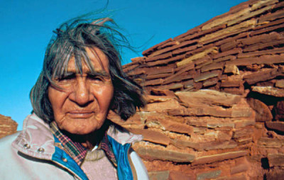 L'anziano Hopi James Kootshongsie, morto nel 1996  Foto: Survival International