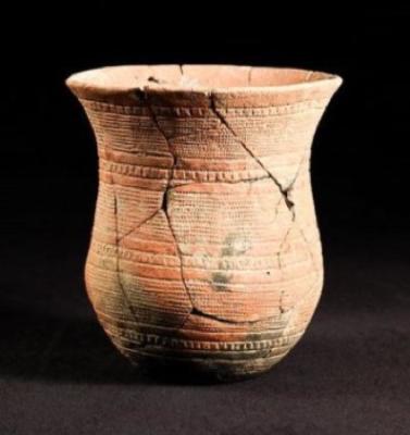 Vaso stilizzato campaniforme di Sierentz (Francia), tipico della cultura del Bell Baker (crediti: Anthony Denaire)