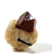 I minerali terrestri più antichi datano l'inizio della tettonica a placche