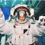 Samantha Cristoforetti è tornata dalla Stazione spaziale dopo 200 giorni