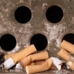 Fumare una sigaretta inquina più di un TIR